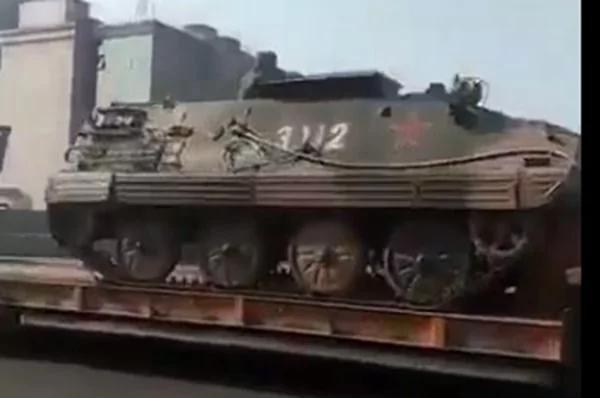 传坦克开进镇江2万特警要清场 有人要看习近平笑话?